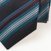Zijden zwarte stropdas met mulicolor streep - detail